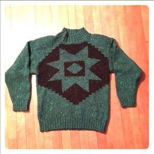 Vintage green sweater with black southwestern star